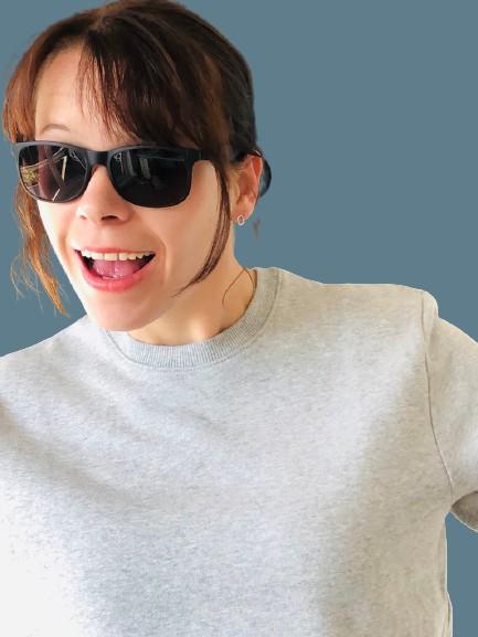 D6AA16D4 5AE6 4FD5 A66D A6AE07F07272 1 105 c removebg preview 1 - Sweatshirt unisex für Große